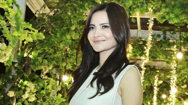 Aktris Cut Tari.