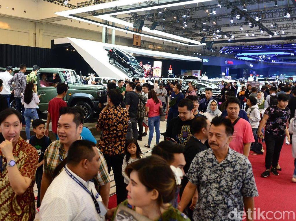 102 Ribu Mobil dan Truk Baru Terjual Selama Agustus 2018