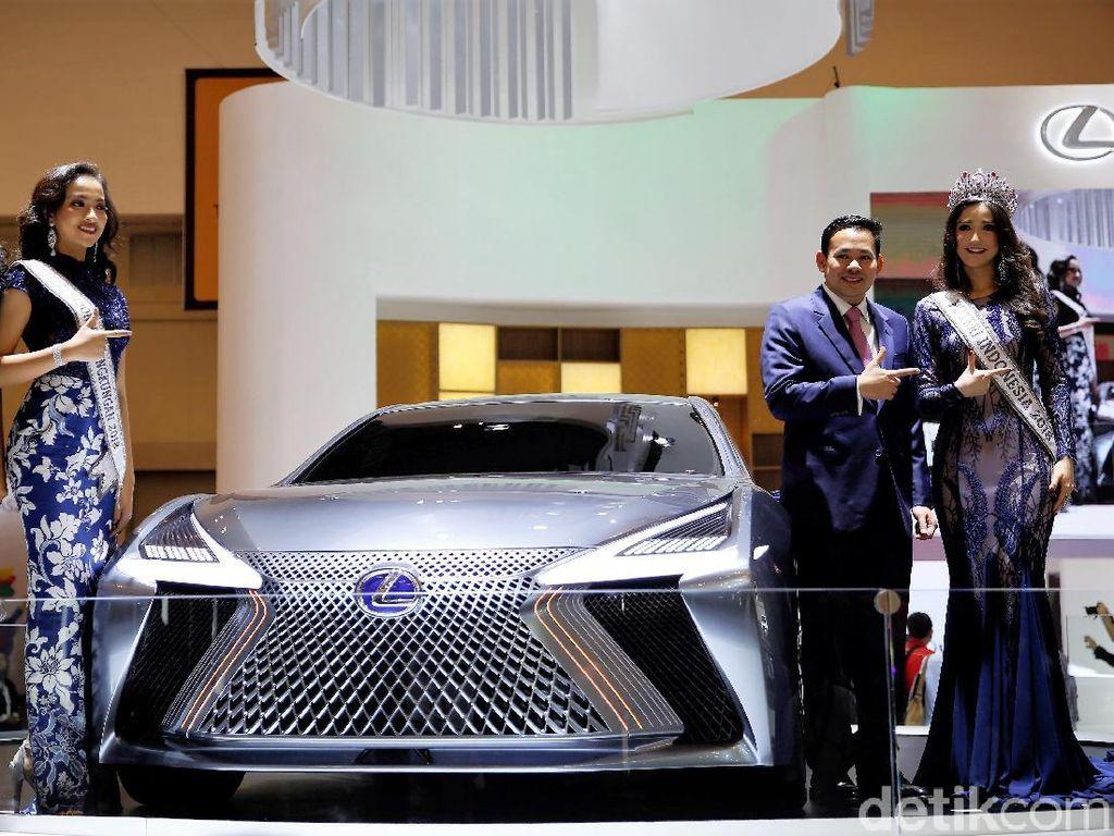 2 Mobil Lexus untuk Konglomerat Indonesia