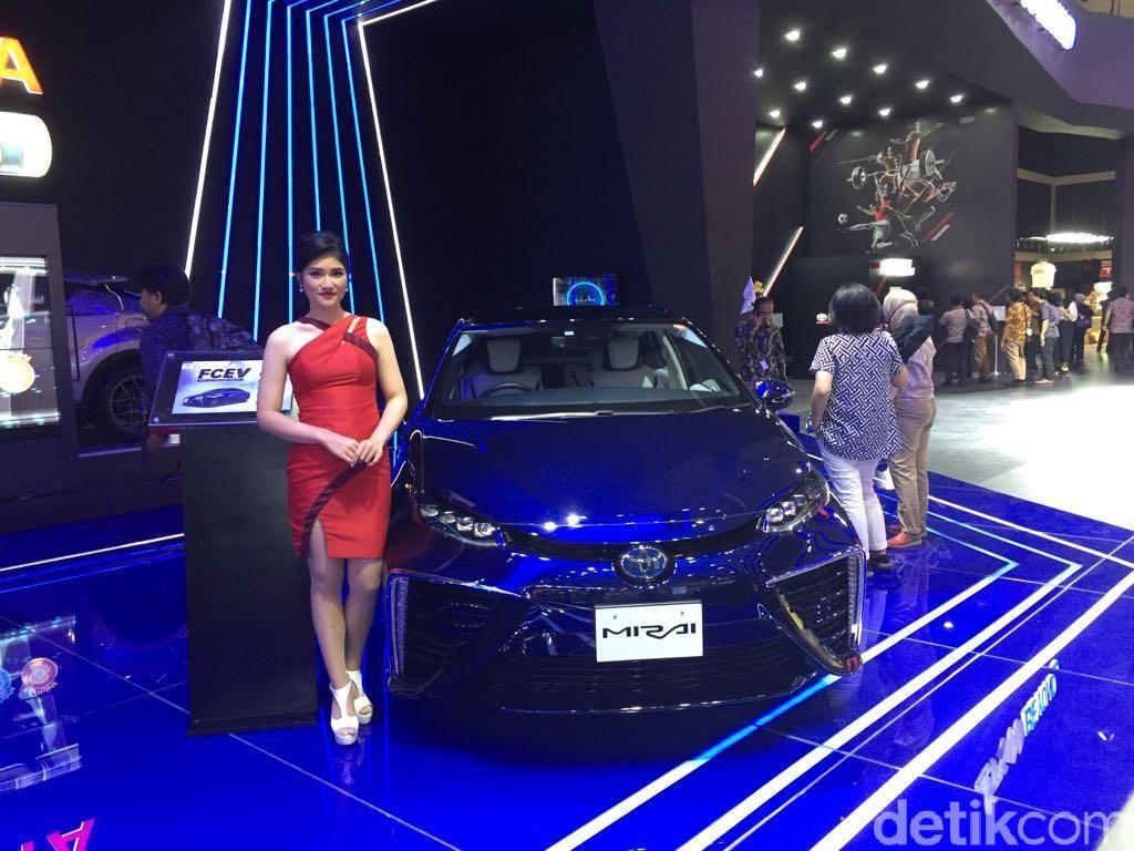 GIIAS 2018: Toyota Pamer Mobil Hybrid sampai Hidrogen