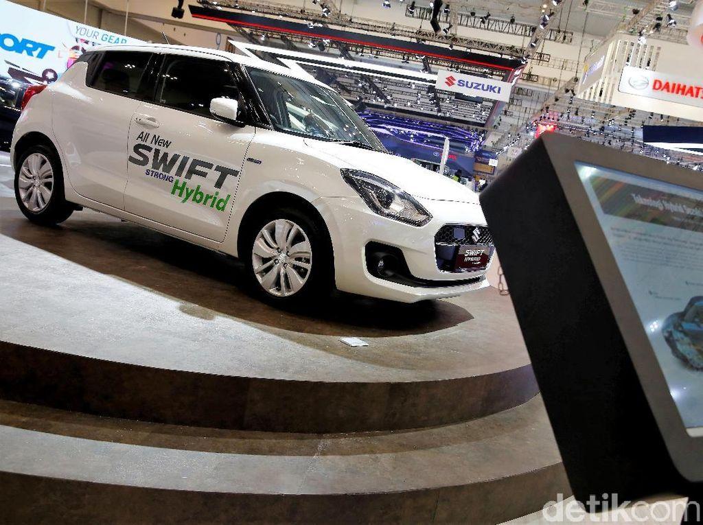 GIIAS 2018: Apa Bedanya Swift Hybrid dan Ertiga Diesel Hybrid?