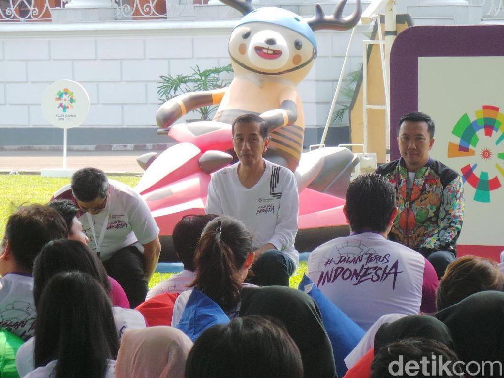 Jokowi Ingin Warga Biasakan Jalan Kaki Agar Sehat