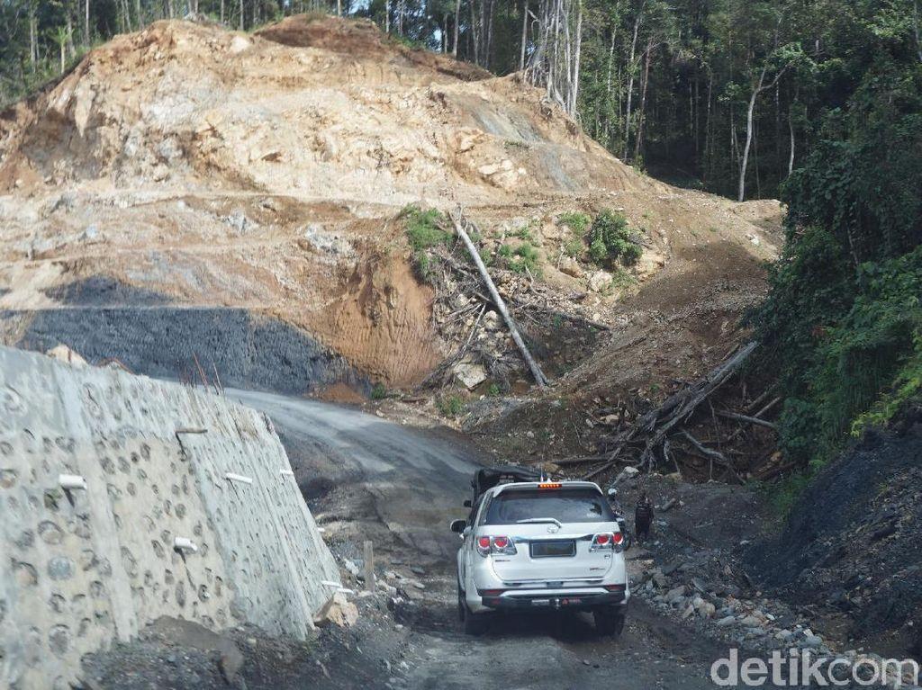 Fortuner Jadi Angkot di Papua, Spesifikasinya Sama Saja Kok!