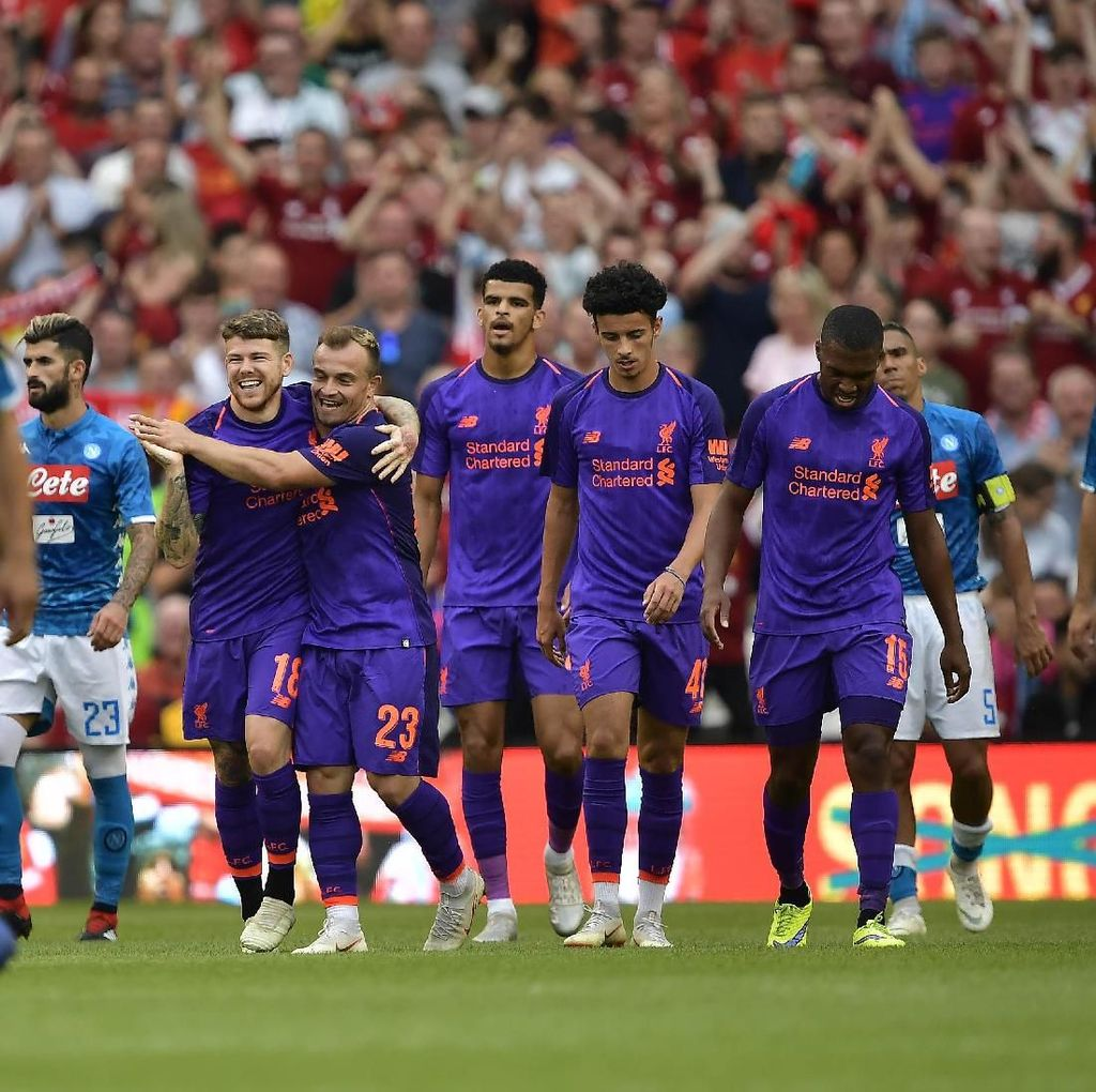 Ambisi Liverpool di Dua Kompetisi Diuji Napoli