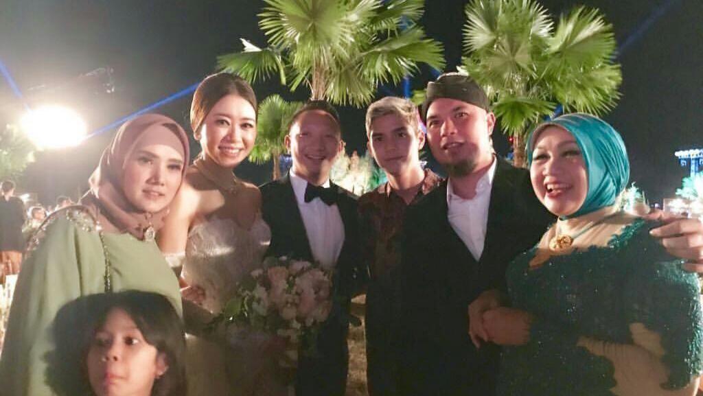 Momen Prabowo dan Ahmad Dhani Hadiri Pernikahan Aryo Djojohadikusumo