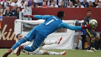 Laga berlangsung ketat sejak selepas kick-off. Juventus unggul lebih dulu ketika Dani Carvajal kurang sempurna mengantisipasi umpan silang dan membelokkannya masuk ke gawang sendiri di menit ke-12. (Foto: Geoff Burke-USA TODAY Sports/REUTERS)