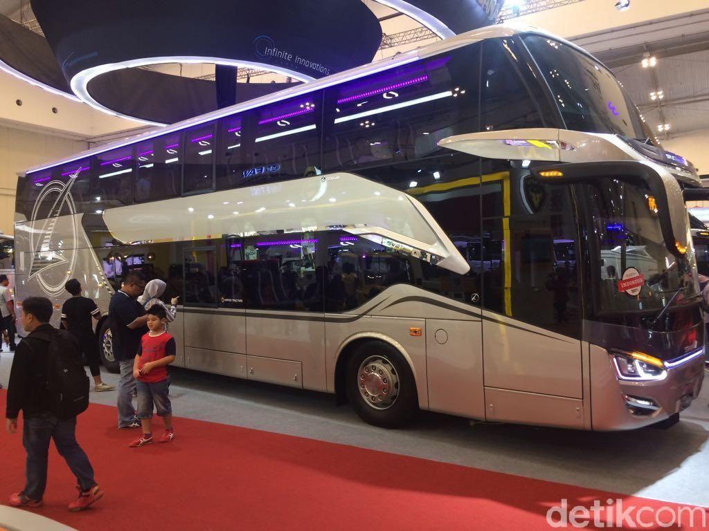 Bus Tingkat Mewah Buatan Indonesia