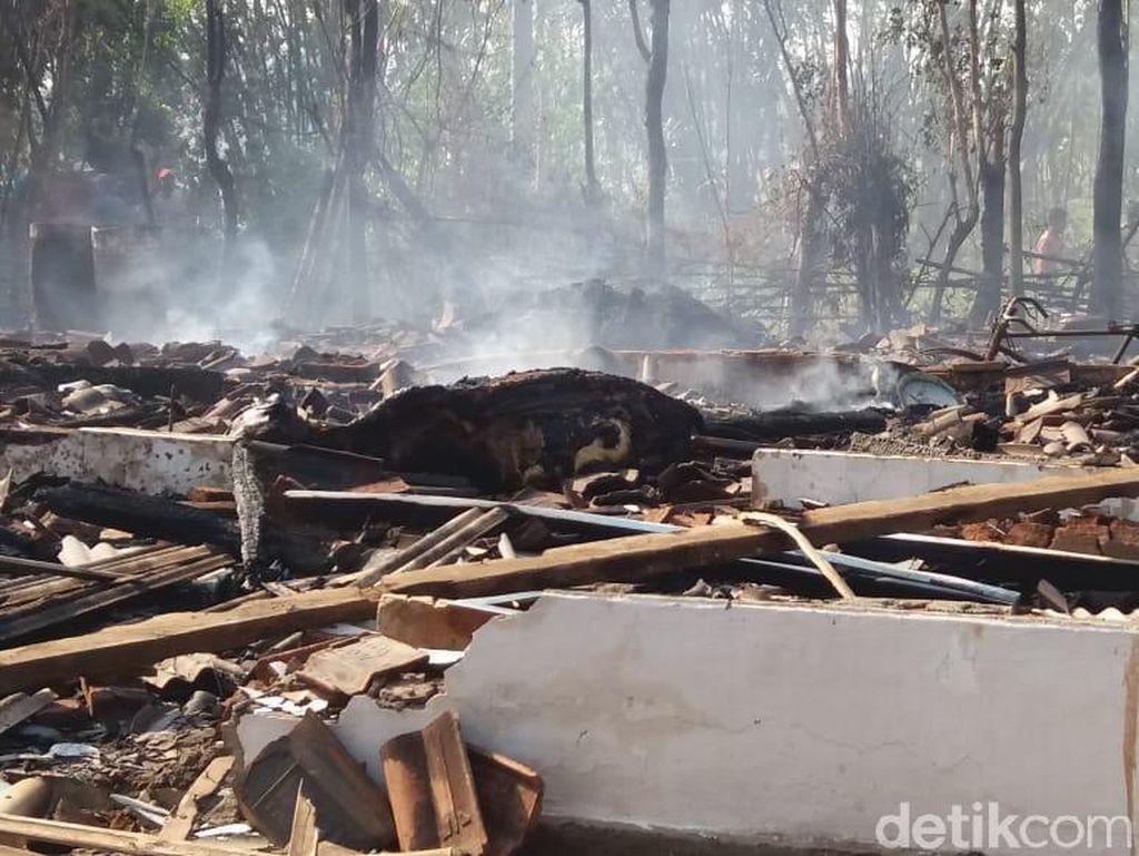 Kebakaran Hanguskan 3 Rumah di Probolinggo, 1 Orang  Tewas