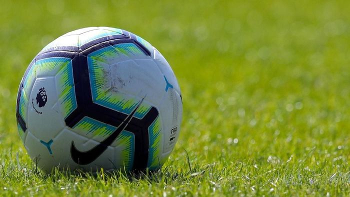 CHESTER, ENGLAND - JULY 07: The Premier League Match Ball during the Pre-season friendly between Chester FC and Liverpool on July 7, 2018 in Chester, United Kingdom. (Photo by Lynne Cameron/Getty Images)