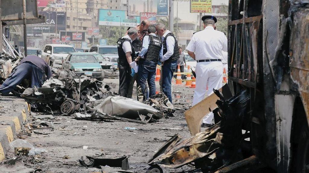 9 Orang Terluka Akibat Ledakan Mobil di Mesir