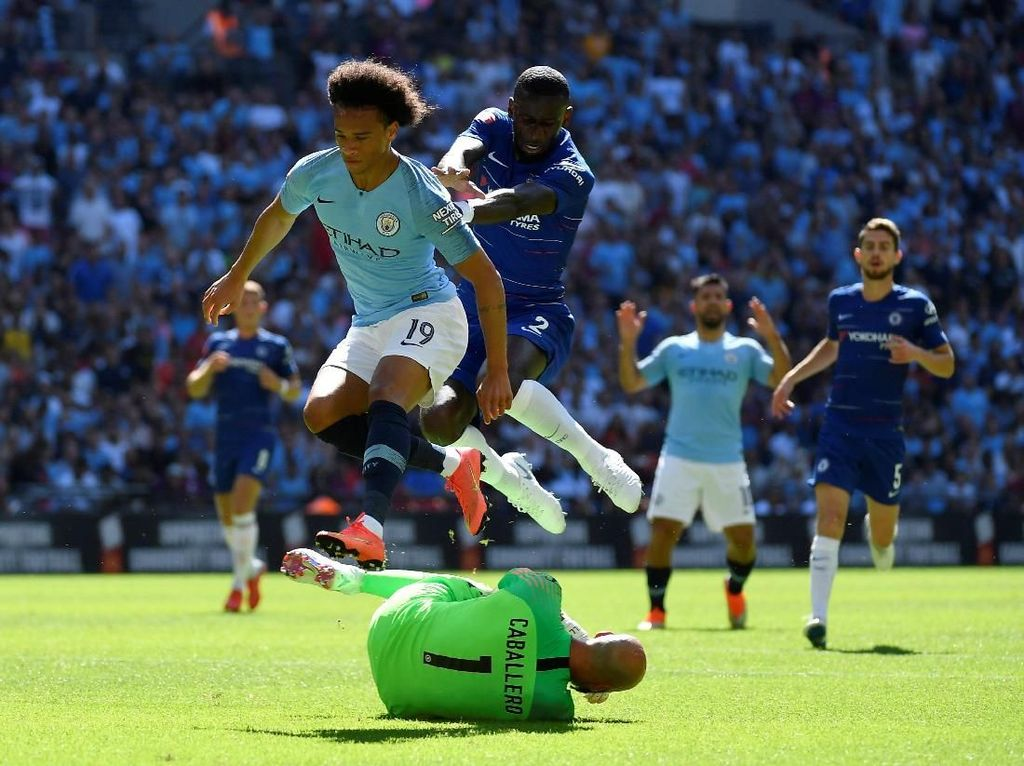 Manchester City Berpesta di Wembley