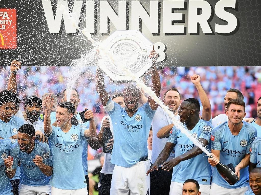 Manchester City Berpesta di Wembley