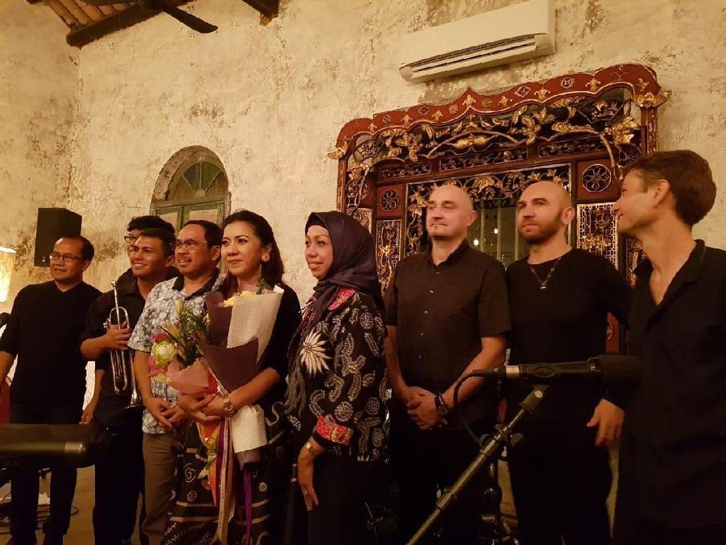 Musisi Indonesia Metta Legita Launching Album di Kamboja