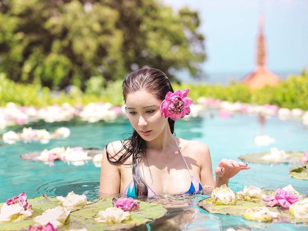 Liburannya Sosialita Singapura Cantik, Jamie Chua