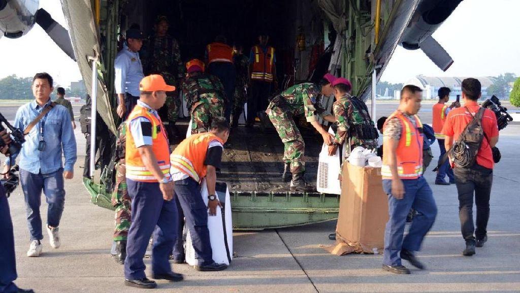 Marinir Kirim Pasukan Bantu Korban Gempa Lombok
