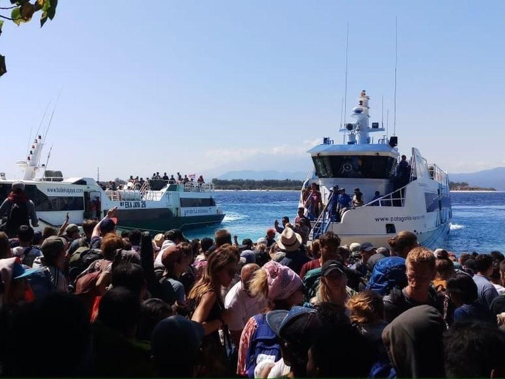 Begini Suasana Evakuasi Turis di Gili Trawangan Pasca Gempa