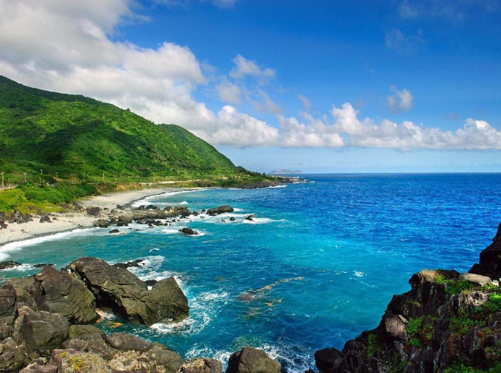 Suka Gunung Atau Pantai? Jawabannya Dapat Menebak Kepribadianmu