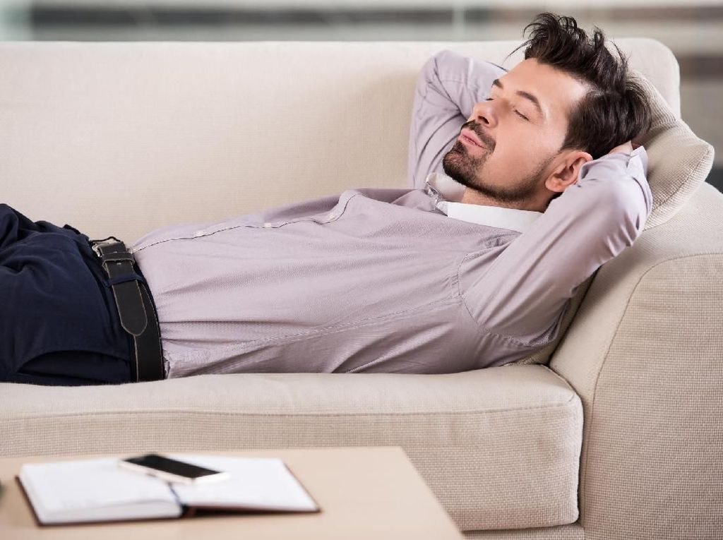 Sering Ngantuk di Siang Hari? Bisa Jadi Kamu Mengidap Hipersomnia