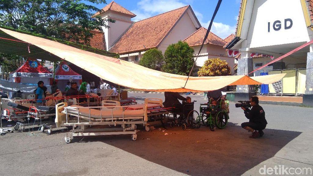 Potret Rumah Sakit Pasca Gempa 7.0 SR yang Menghantam Lombok