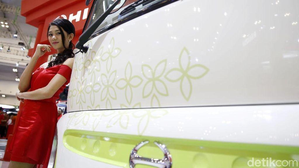 Tampang Bus Listrik Hino Poncho Electric Vehicle
