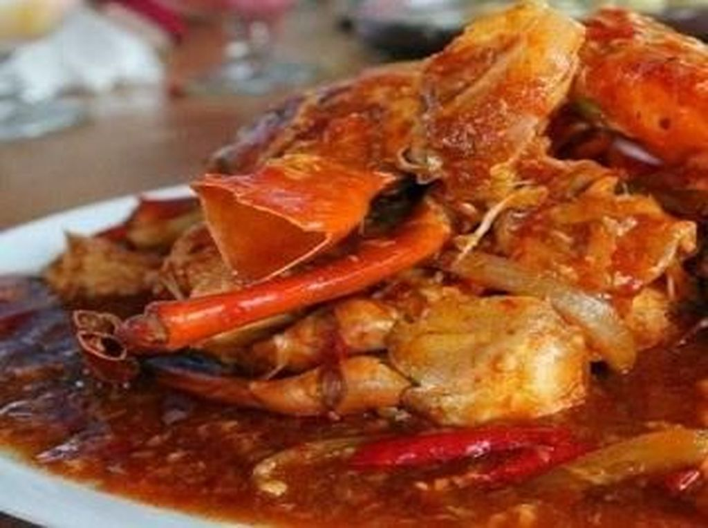 5 Warung Seafood Ini Punya Kepiting Saus Padang dan Ikan Bakar Lezat