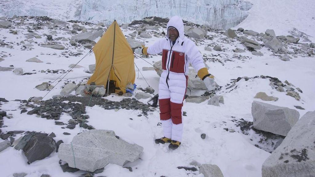 Mengintip Toilet di Gunung Everest, Banyak yang BAB Sembarangan
