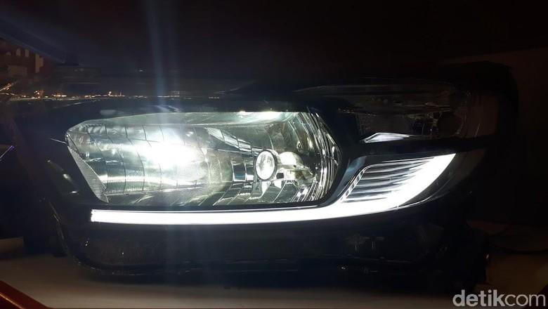 Lampu LED Autovision Foto: M luthfi Andika