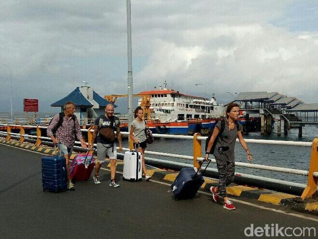 Recovery Pasca Gempa Lombok, Menpar Pantau Pergerakan Wisatawan