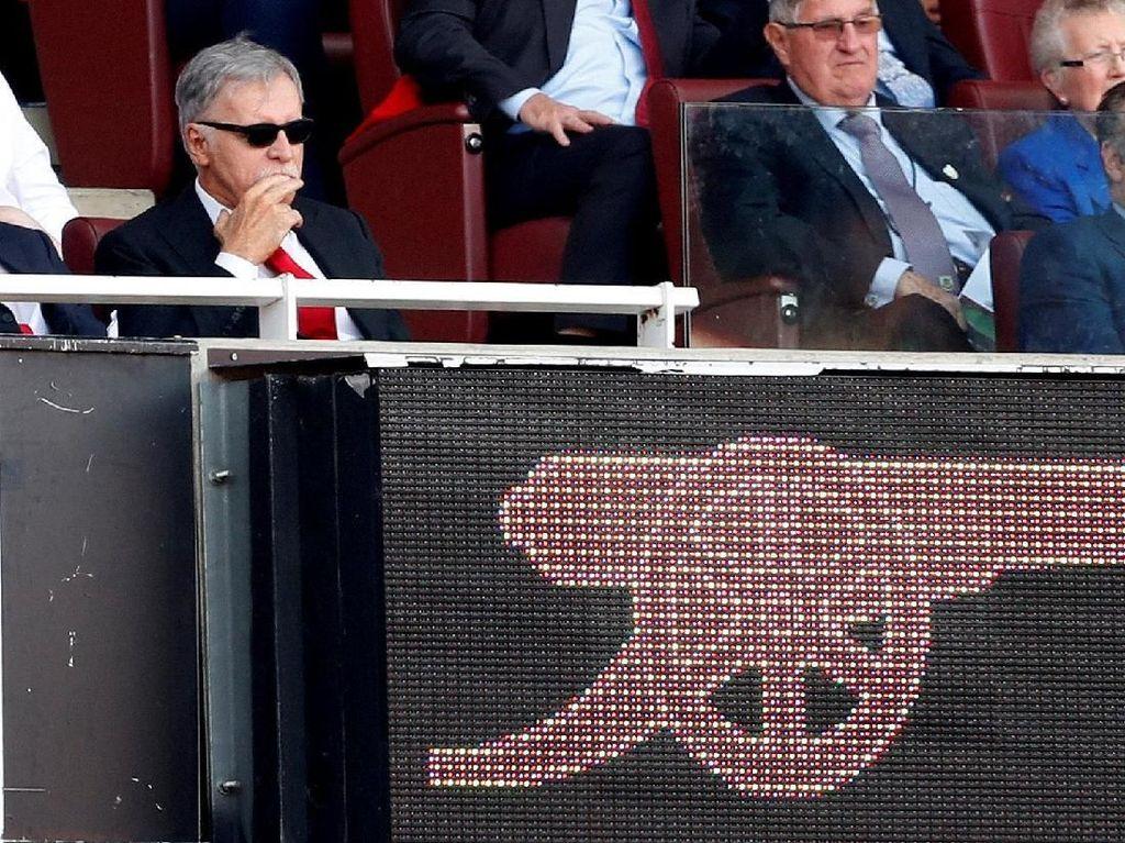 Dikecam Fans, Bos Arsenal Santai