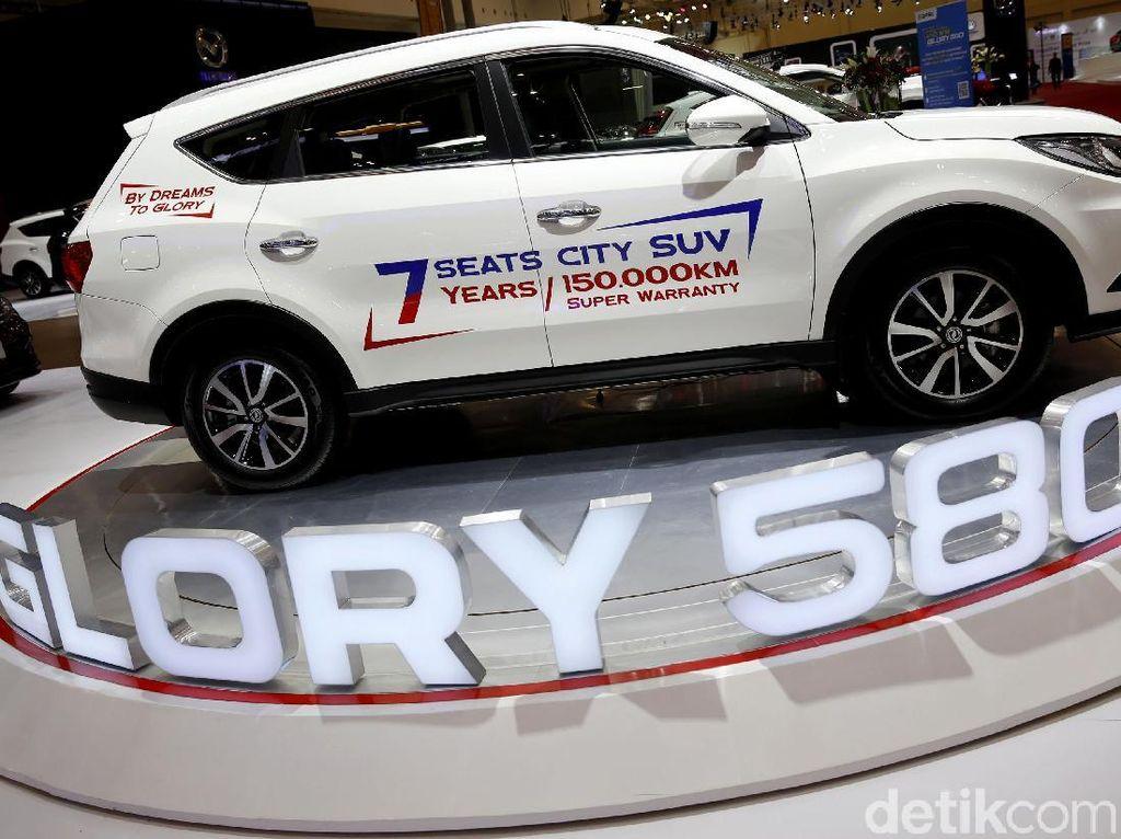 Ditonjok dari Samping dan Ditabrak dari Depan, Glory 580 Tetap Aman