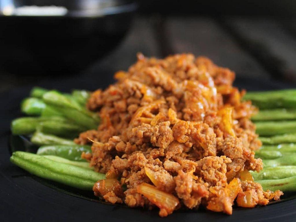 Tumis Buncis Daging Cincang Menggoda Buat Makan Siang
