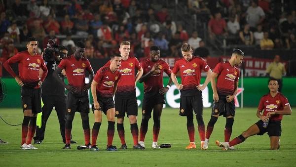 Manchester United Banyak Masalah