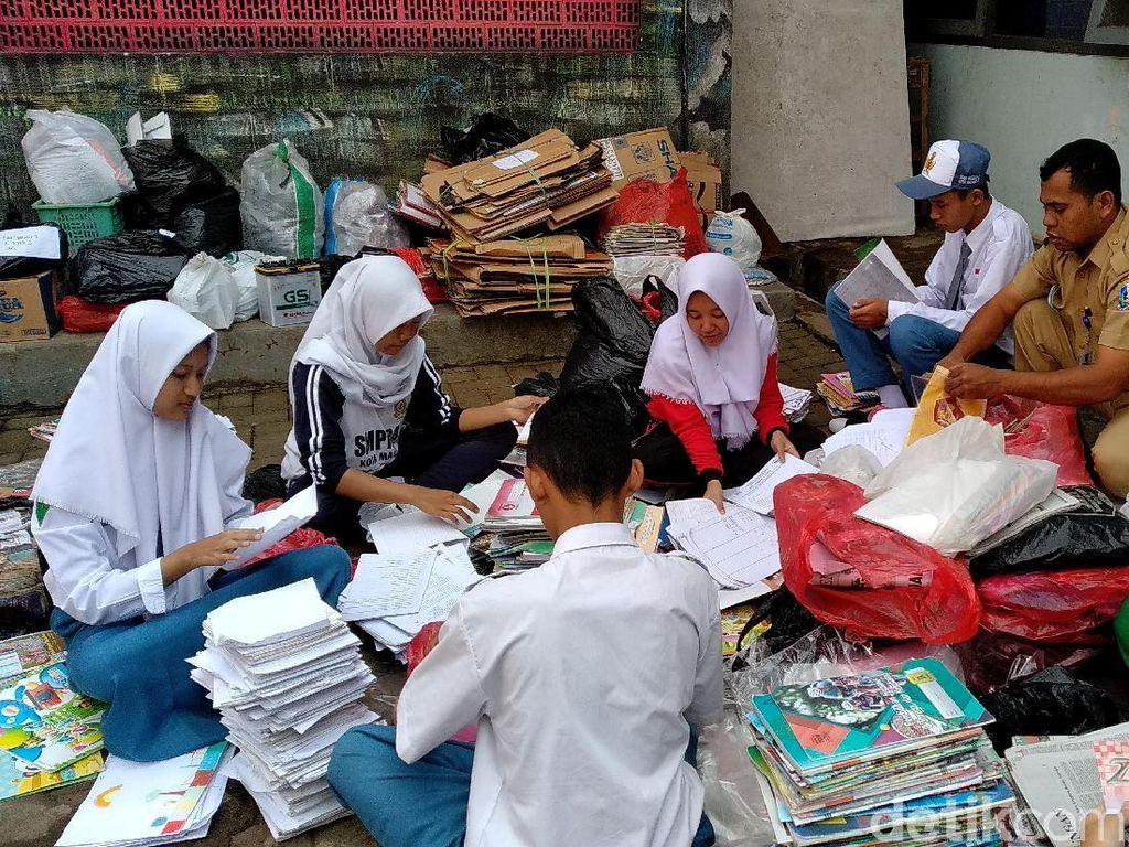 Dari Jual Sampah, Guru SMK di Malang Buktikan Bisa Biayai S2