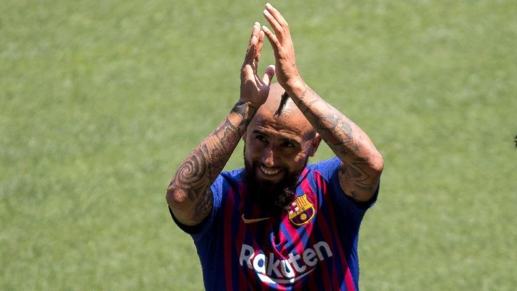 Hari Pertama Arturo Vidal di Barcelona