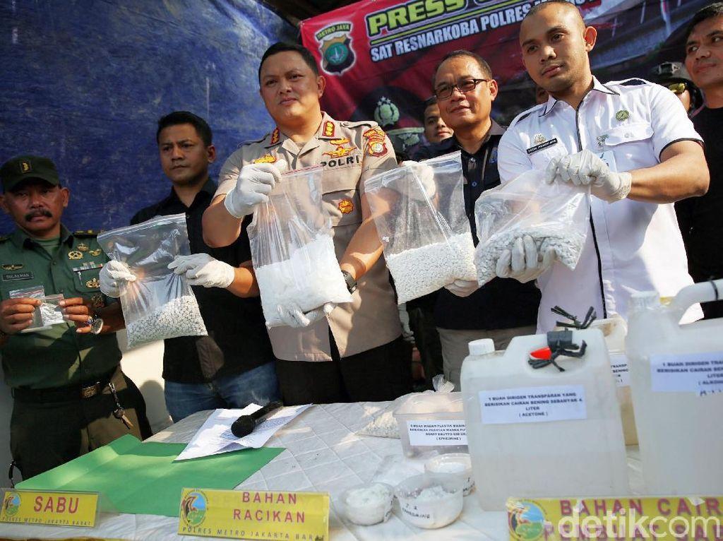 Gerebek Pabrik Sabu, Polisi Amankan Satu Orang Tersangka