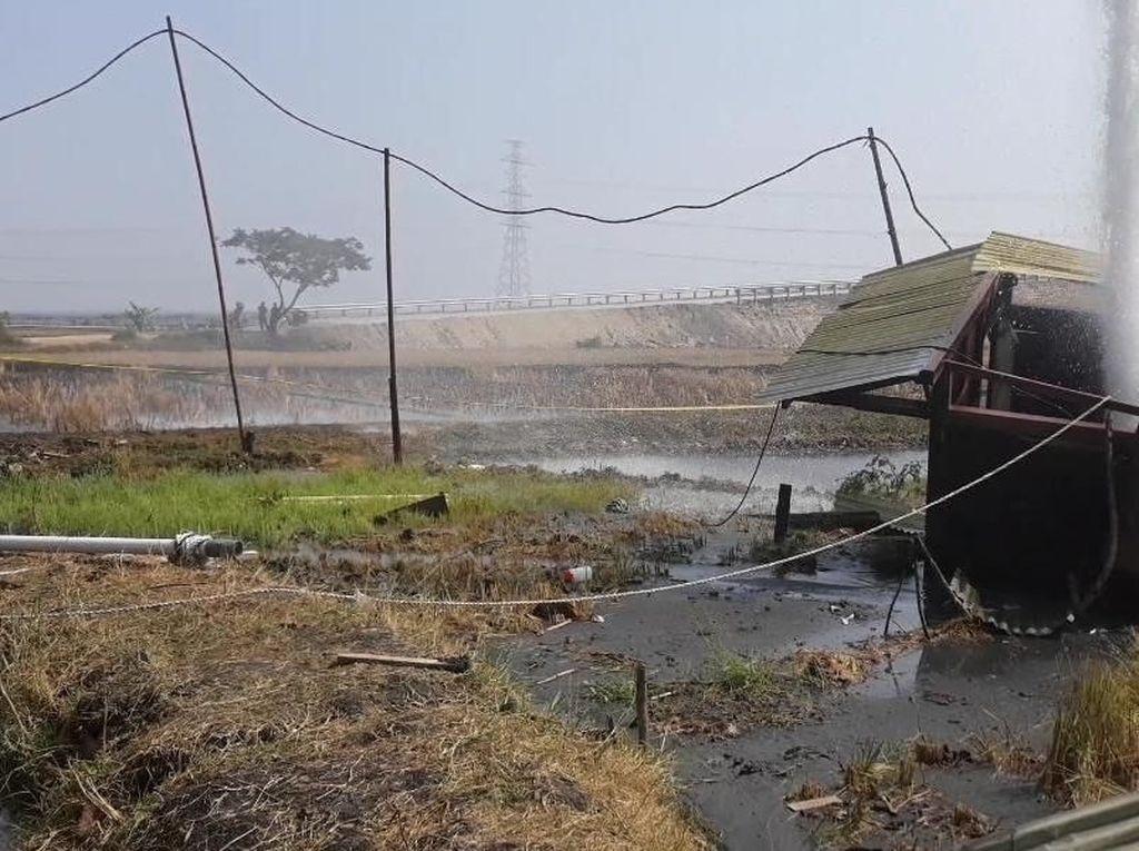 Penampakan Berkah di Balik Semburan Air Pasir 30 Meter