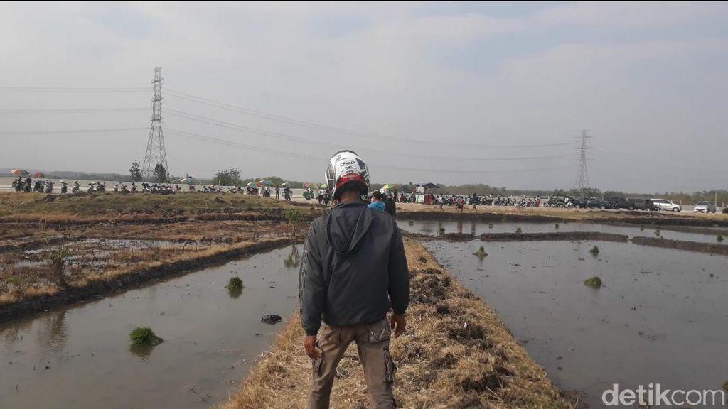 Semakin Heboh, Lokasi Semburan Air Berpasir Terus Didatangi Warga