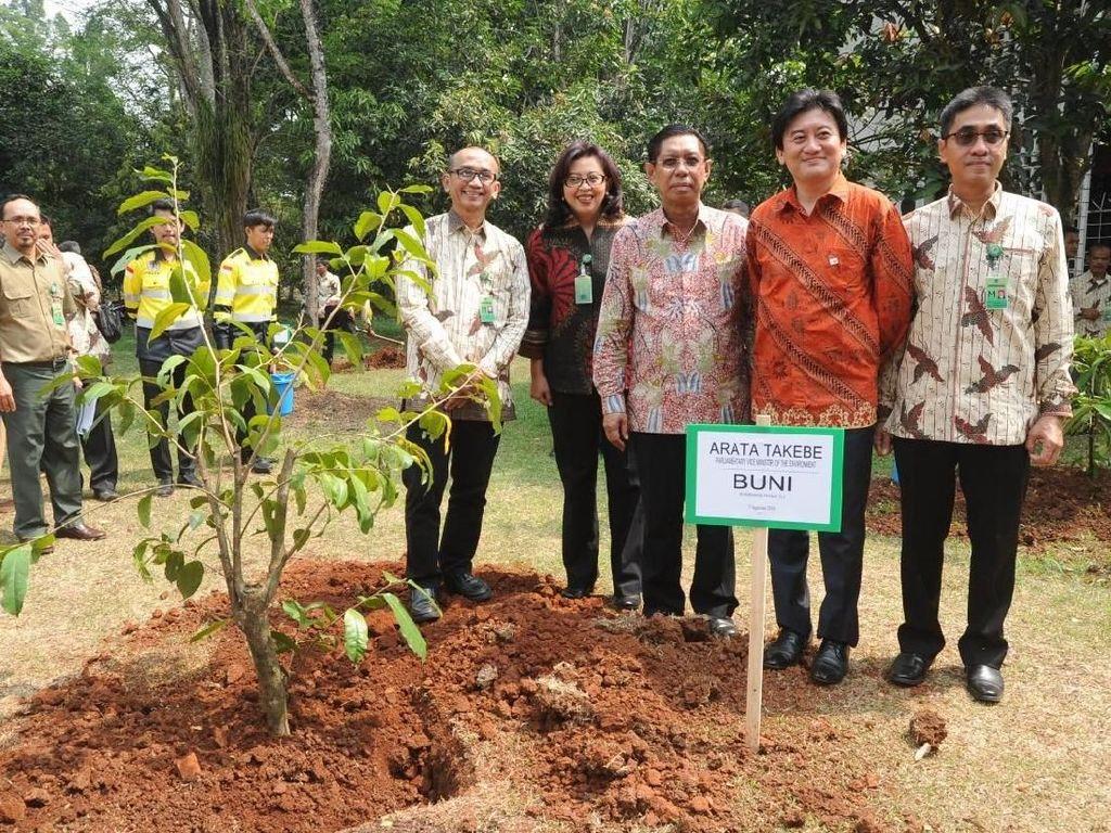 Simbol 25 Tahun Kerja Sama Indonesia-Jepang Lindungi Lingkungan