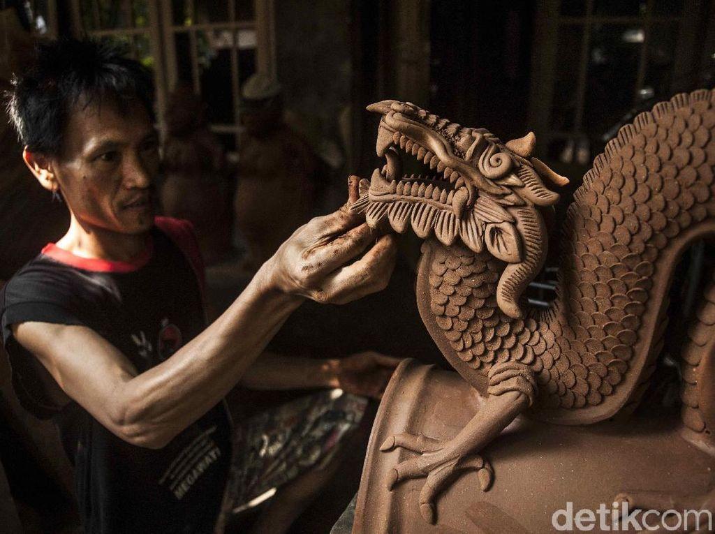 Potret Perajin Seni Rupa Bantul yang Mendunia
