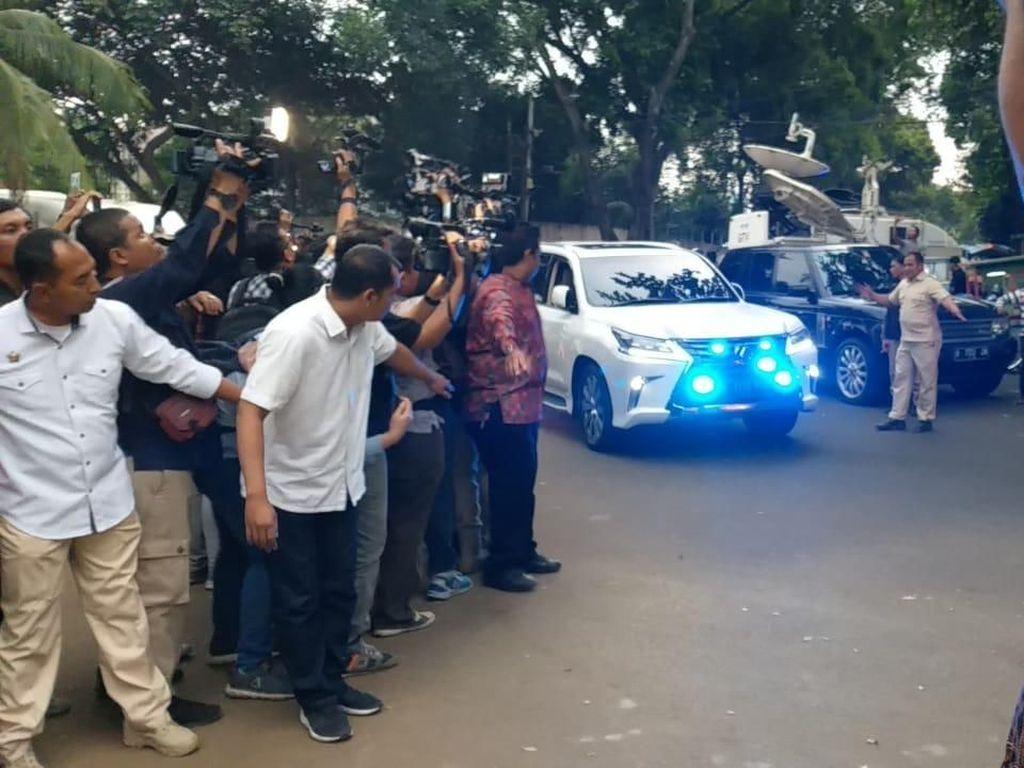Usai Tes Kesehatan, Prabowo Pulang ke Kertanegara