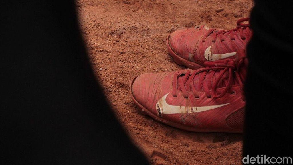 Menpora Minta Perbasasi Selesaikan Masalah Sepatu Butut Timnas Sofbol