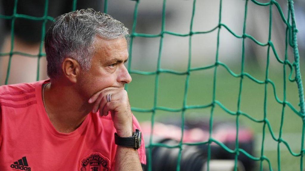 Selain Pogba, 10 Pemain Bintang Ini Pernah Berselisih dengan Mourinho
