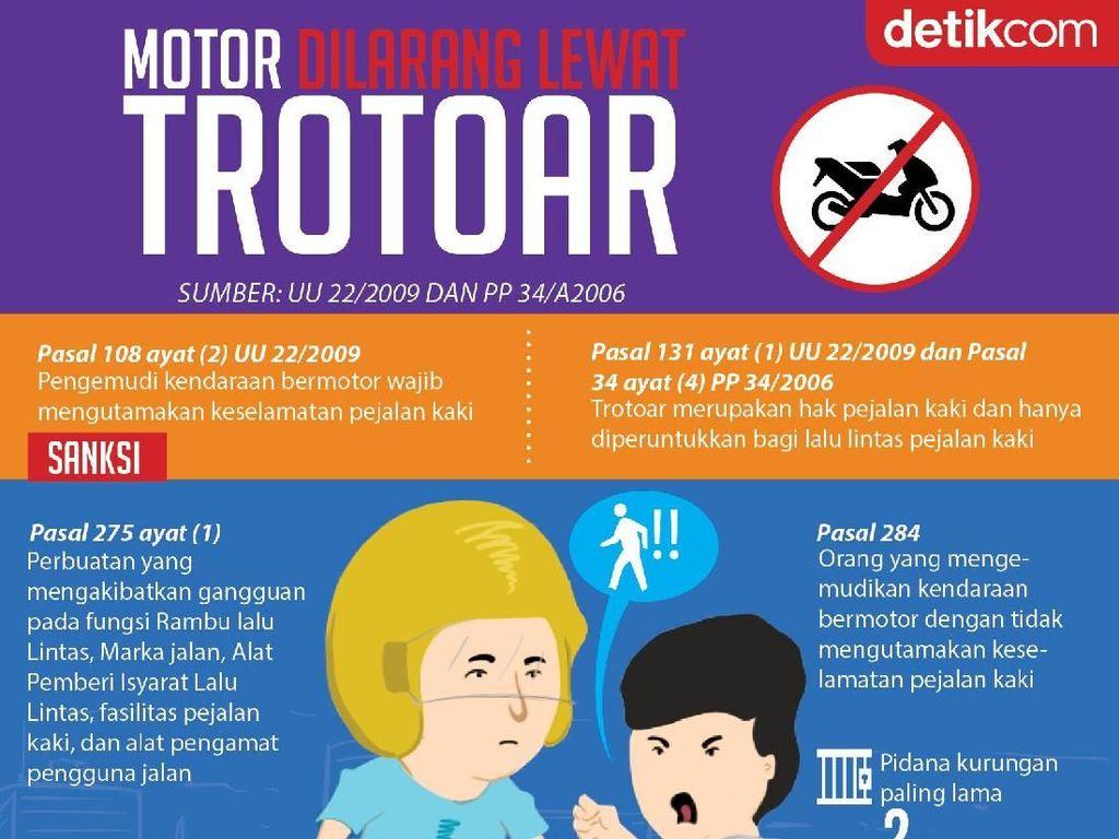 Motor Dilarang Lewat Trotoar!