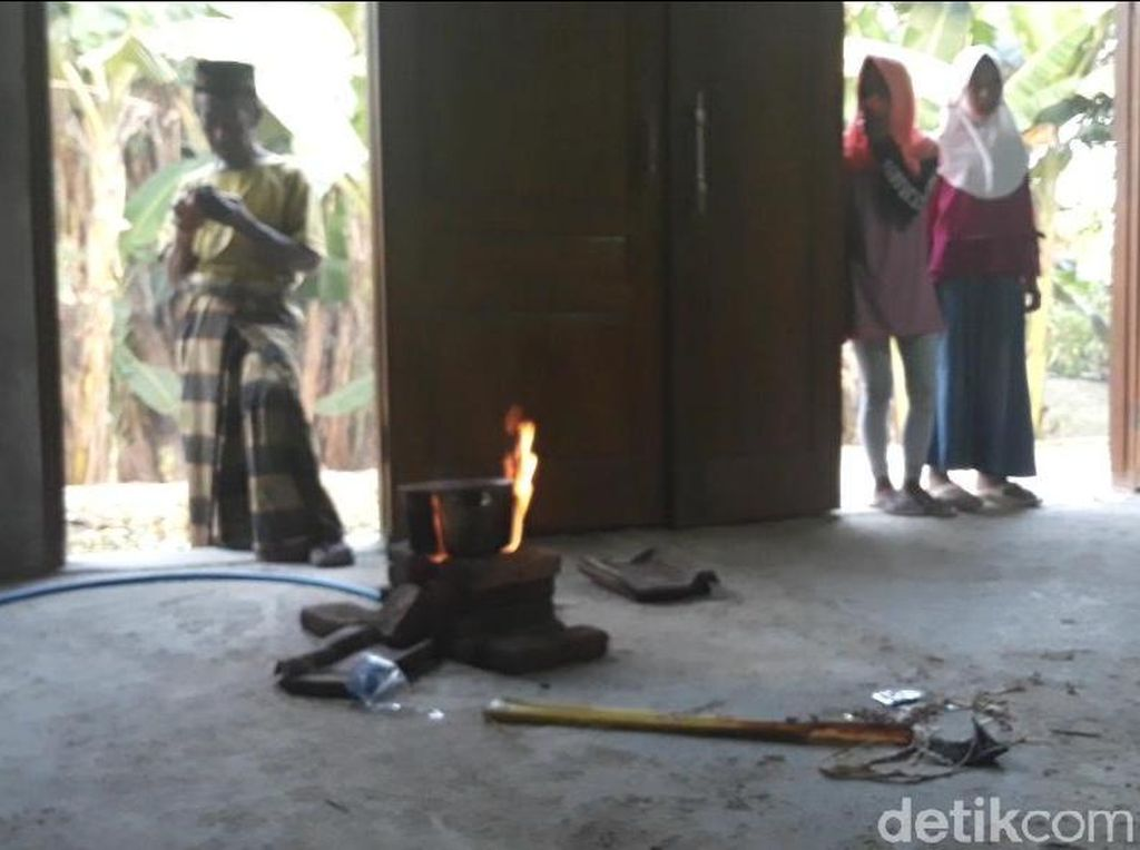 Penampakan Semburan Gas Usai Heboh Semburan Air Lumpur Ngawi