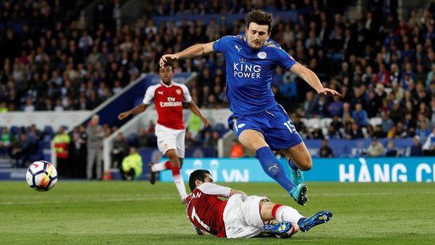 Harry Maguire menjadi pemain inti yang tak tergantikan di Leicester City.