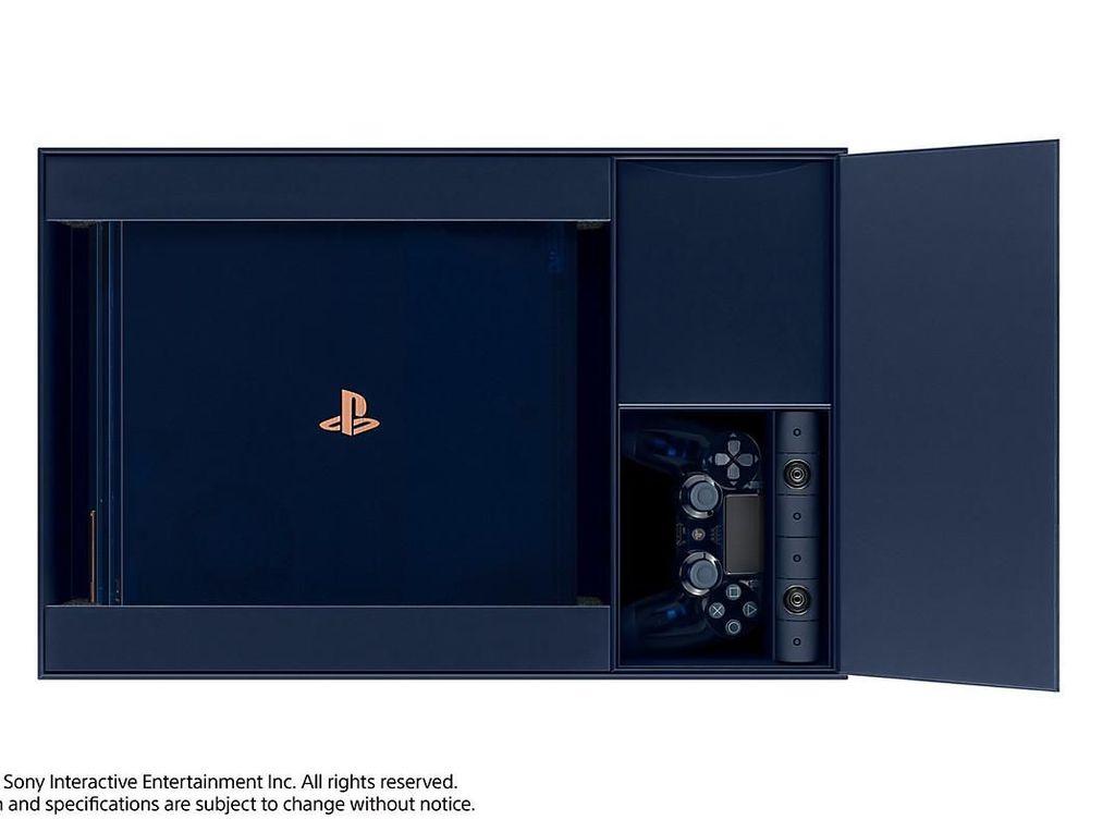 Potret Menawan PS4 Pro Berbodi Transparan