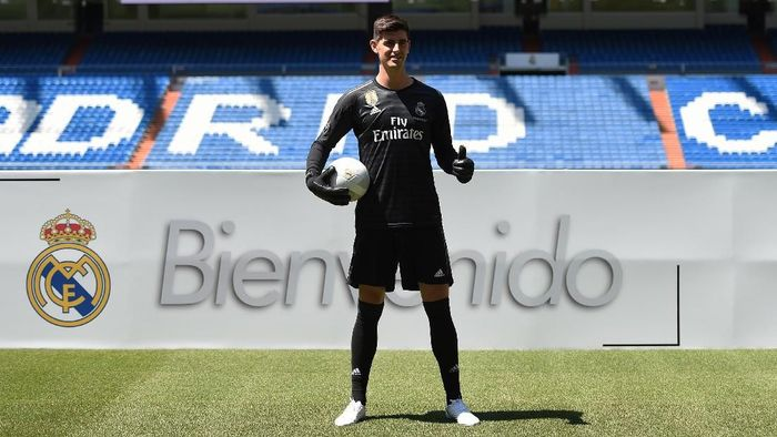 Thibaut Courtois tertarik kepada Real Madrid gara-gara Iker Casillas (Foto: Denis Doyle/Getty Images)