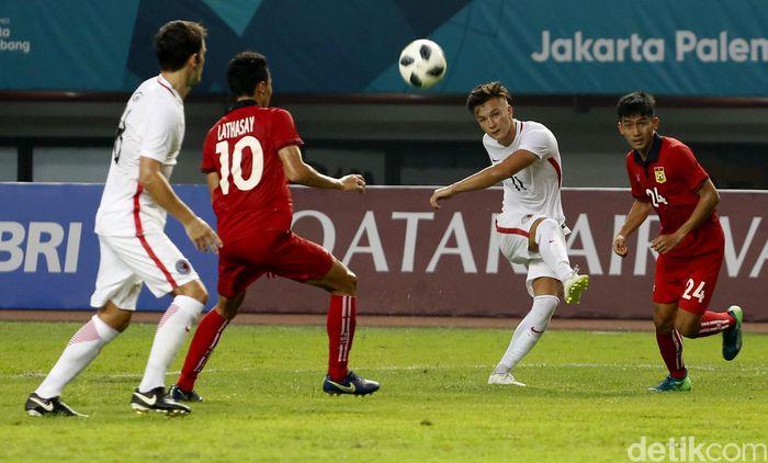 Hong Kong mengalahkan Laos 3-1 di laga pertama Grup A Asian Games 2018 cabang olahraga sepakbola di Stadion Patriot Candrabhaga, Jumat (10/8/2018) sore WIB.