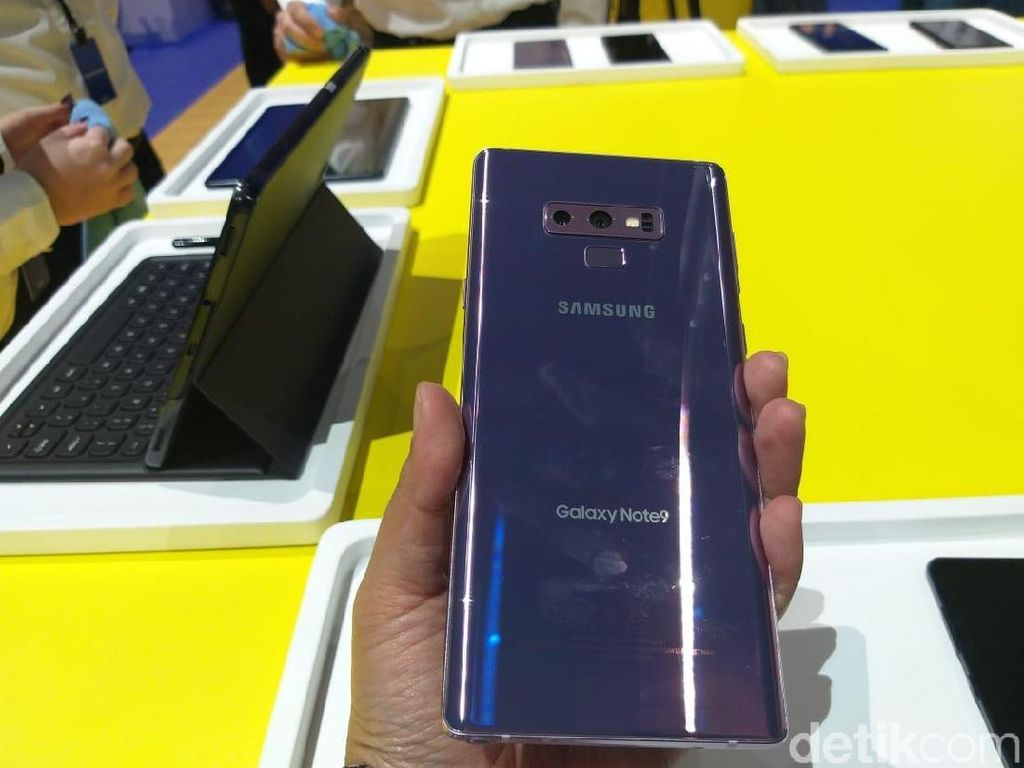 Yuk! Unboxing Galaxy Note 9 yang Super Kece