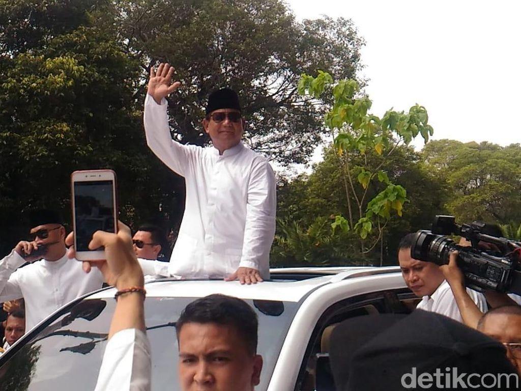 Mengenal Sunroof, Fitur Mobil yang Biasa Dimanfaatkan Prabowo